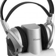 RF900 Wintal Cordless Headphones_Front Angle
