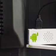 ATV40 ANDROID TV STICK 201209 - plugged in